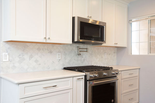 regalconceptsanddesigns_Dellwood_Kitchen_after_cooktop